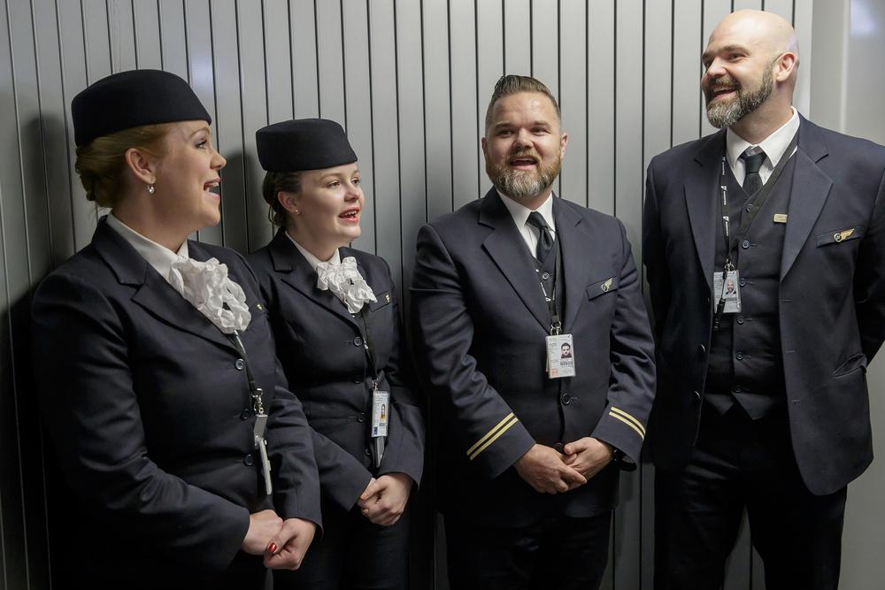 Icelandair Cabin Crew Close Harmony Singers