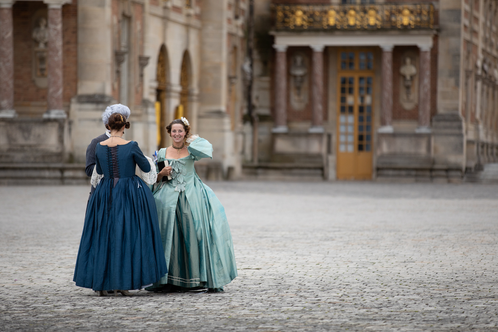 Kate as Louis XV courtiers at Versailles
